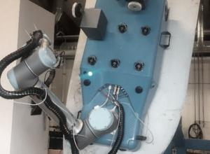 Robot til rengøring og vedligehold af vindmøllevinger