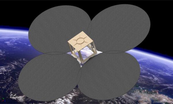 Jan Ánike Nikolajsen fra FRECON forskede i sin ph.d. i selvudfoldelige bremsesejl til satellitter i verdensrummet